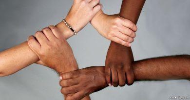 Memerangi Rasisme dari 14 Abad yang Lalu (Al-Hujurat 13)